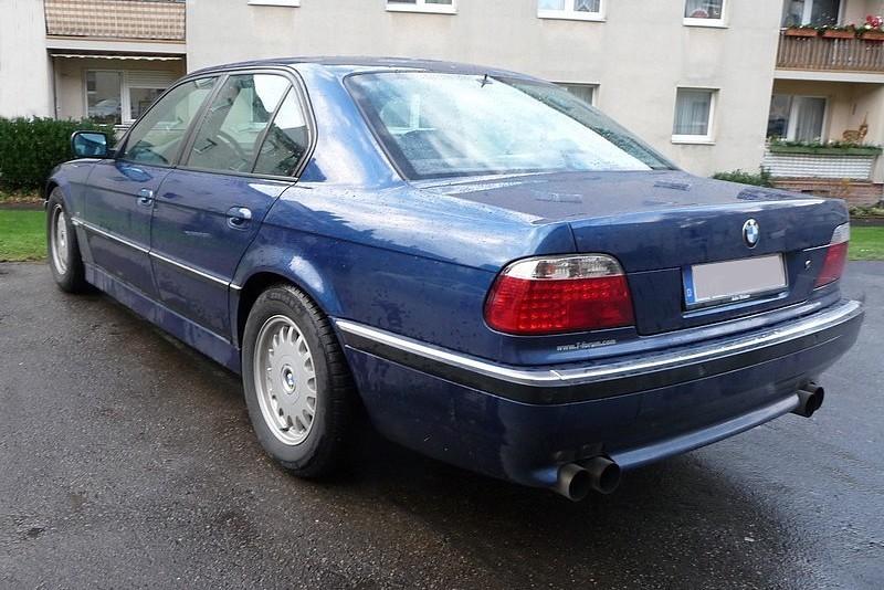 BMW 7er E38 - Oberklasse auf wackeligen Beinen