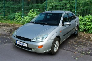 Ford Focus I Stufenheck