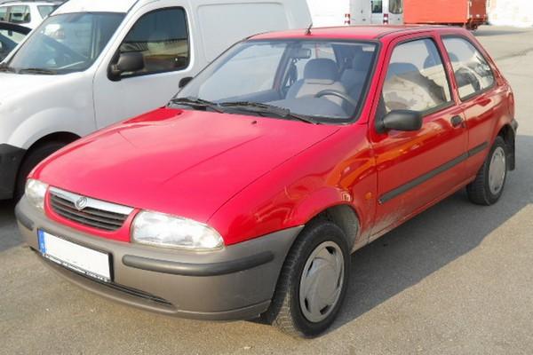 Mazda 121 - drei ungleiche Generationen