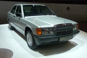 Mercedes-Benz 190 Front