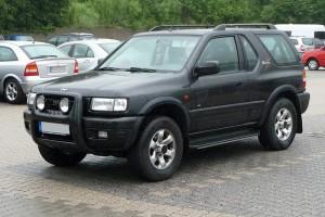 Opel Frontera B Dreitürer