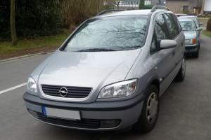 Opel Zafira A Front schräg