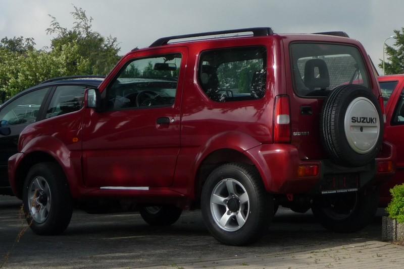 Suzuki Jimny - der Geländewagenzwerg