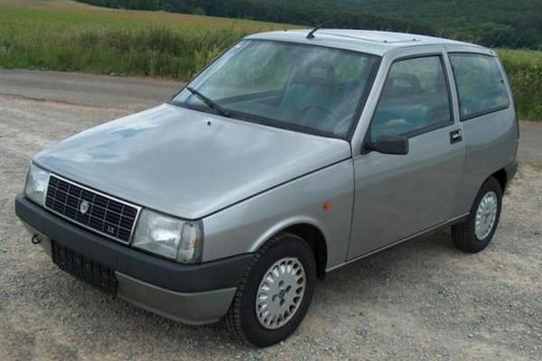Lancia Y10 - nur etwas was für Freunde italienischer Kleinwagen