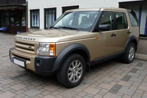 Land Rover Discovery 3 Front