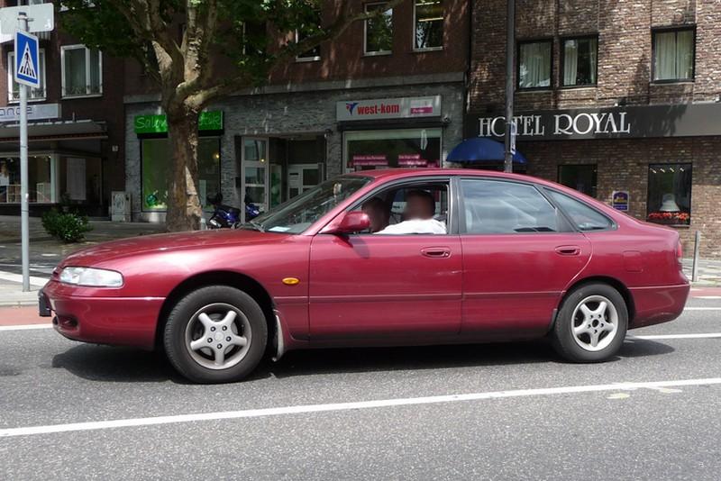 Mazda 626 Typ GE - unauffälliger Verkaufsflop