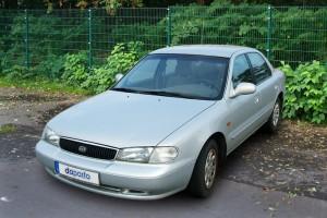 Kia Clarus GC vor Facelift