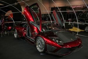 Autotuning Lamborghini rot