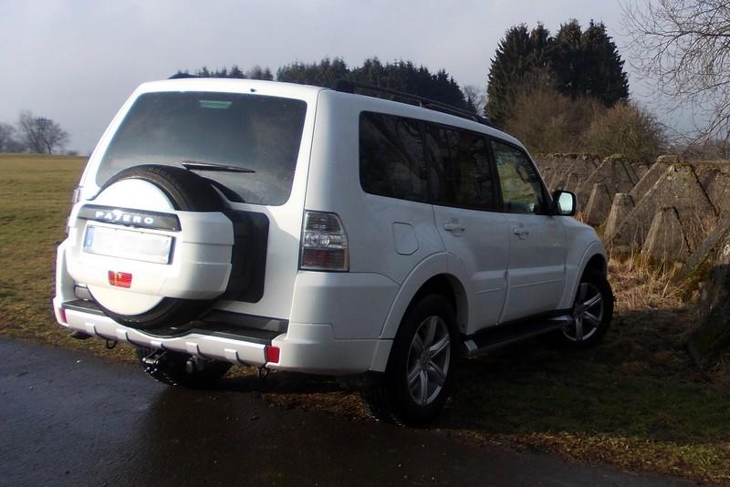 Mitsubishi Pajero Typ V80 - auch die aktuelle Generation ist ein echter Geländewagen